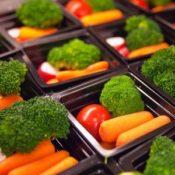 Faut-il imposer un menu végétarien dans les cantines ?